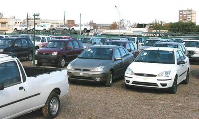 No es necesario emitir factura en venta de autos